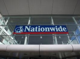 Depósito mínimo triplicado a nivel nacional para compradores primerizos en el Reino Unido
