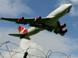 Virgin Atlantic de Richard Branson busca inversores para evitar el colapso
