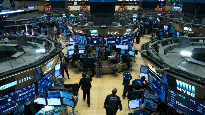 Los mercados globales colapsan porque los inversores temen una 'recesión catastrófica'