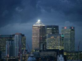 """FMI: la economía británica """"crecerá más rápido que la eurozona"""""""