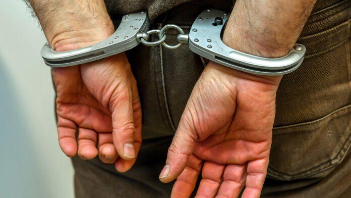 ¿Puedes detectar a un delincuente sexual desde sus manos?