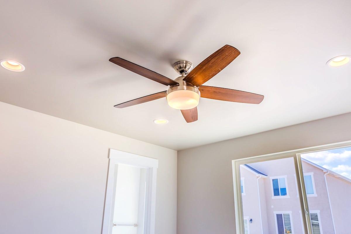 Ventiladores de techo de perfil bajo